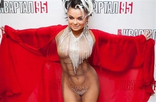 golie-russkie-zvezdi-foto-podelki