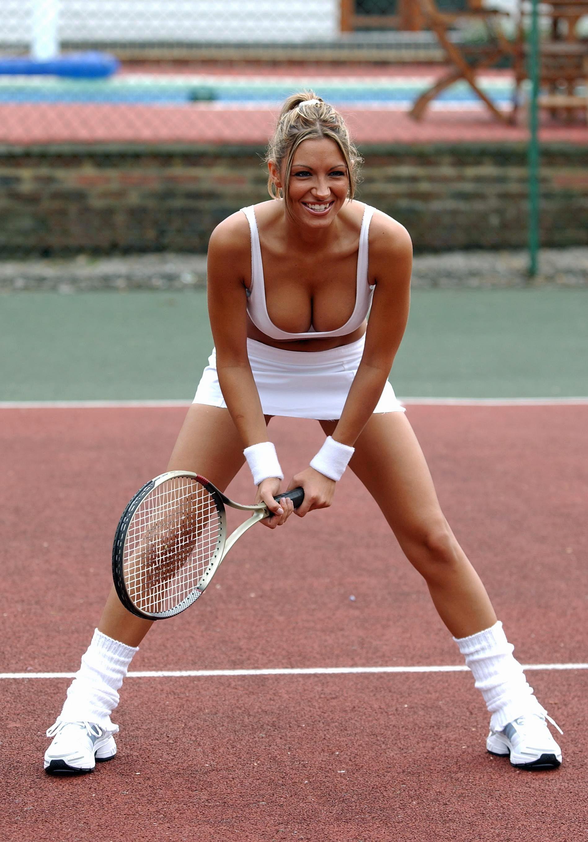 теннисистки в чулках общем просто